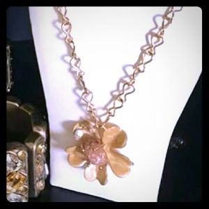 Gold and tan flower necklace /earring set